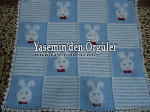 Model 012 - Bebe Mavi Beyaz Tüylü Tavşanlı Battaniye